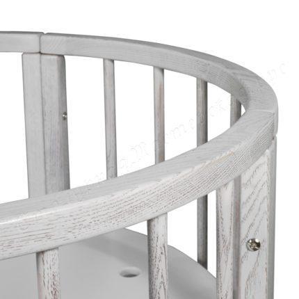 овальная кроватка из дуба